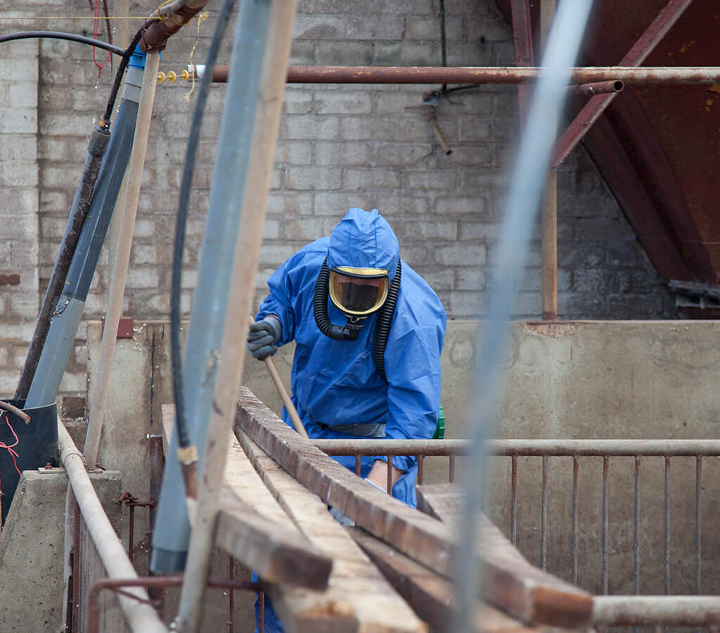 commercial-asbestos-removal-img